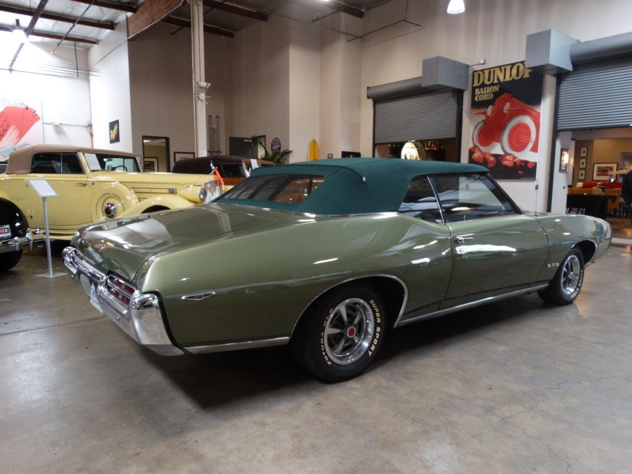 Large Picture of '69 Pontiac GTO - N4E8
