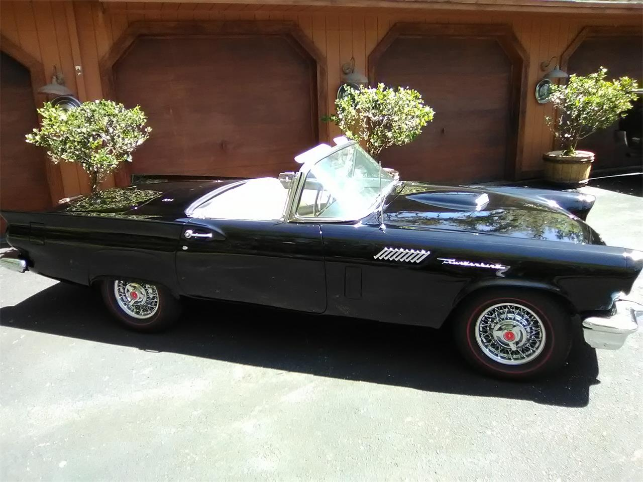 Large Picture of Classic 1957 Ford Thunderbird located in Florida - $36,999.00 Offered by S & L Classics - N4N2