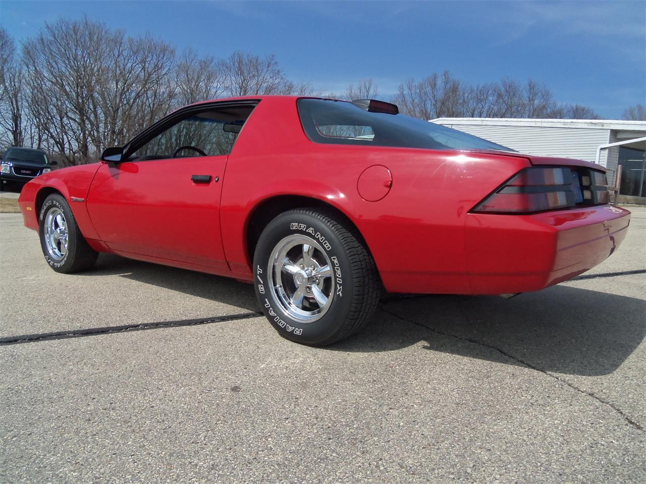 Large Picture of '87 Chevrolet Camaro located in Wisconsin - $7,495.00 - N4OS
