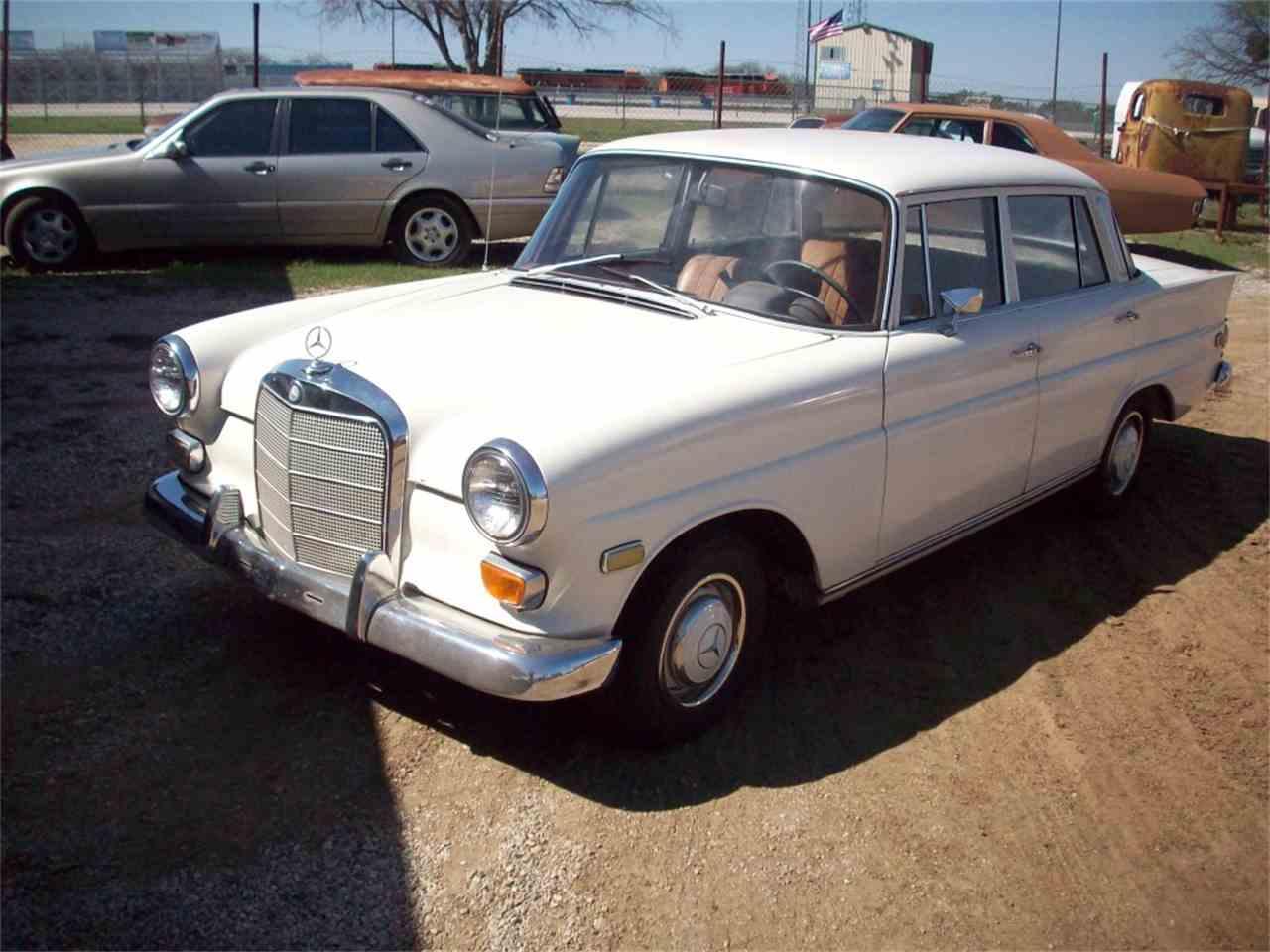 1968 Mercedes-Benz 230 for Sale | ClassicCars.com | CC-1079417