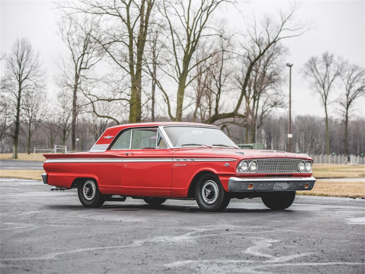 Large Picture of Classic 1963 Ford Fairlane 500 Sports Coupe Offered by RM Sotheby's - N4WB