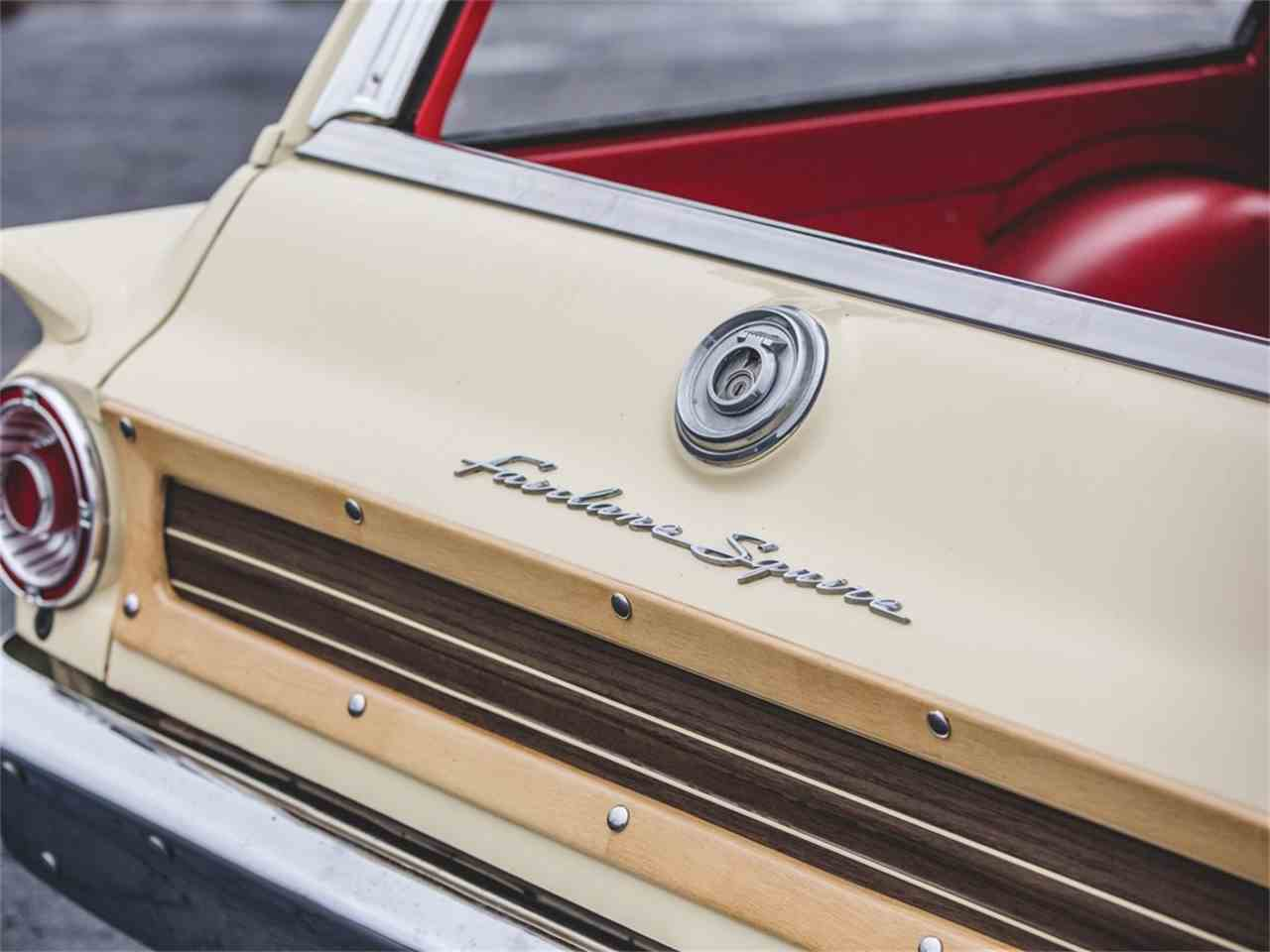 Large Picture of '63 Fairlane 500 Squire - N4WC