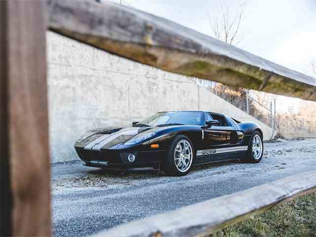 Picture of 2006 Ford GT located in Indiana Offered by RM Sotheby's - N4WI