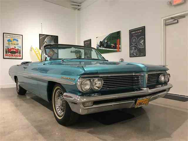 Picture of Classic '62 Pontiac Bonneville located in California - N584