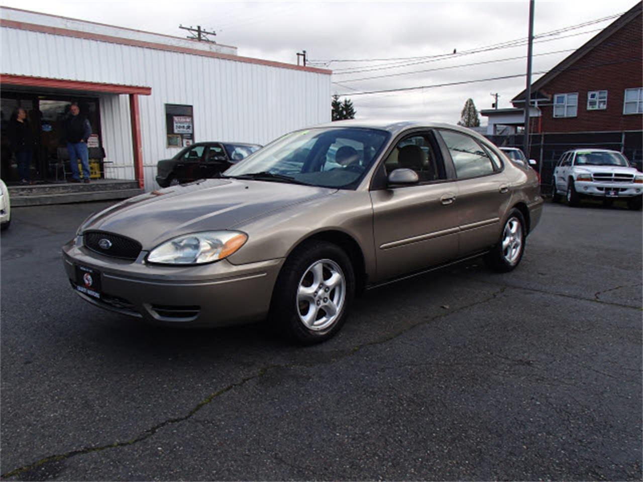 Large picture of 04 ford taurus n5bn
