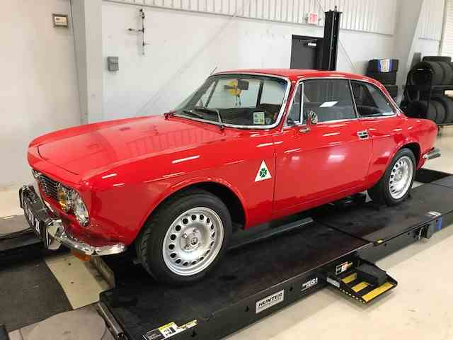 Picture of '74 Alfa Romeo 2000 GT located in Madisonville Louisiana - $56,000.00 Offered by a Private Seller - N67H