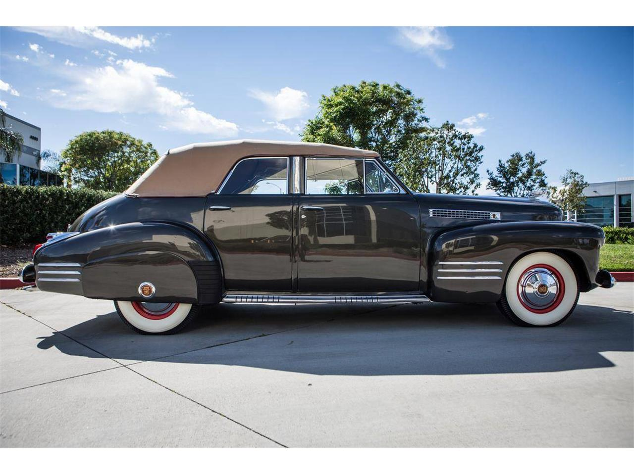 Large Picture of '41 Cadillac Series 62 - N67J
