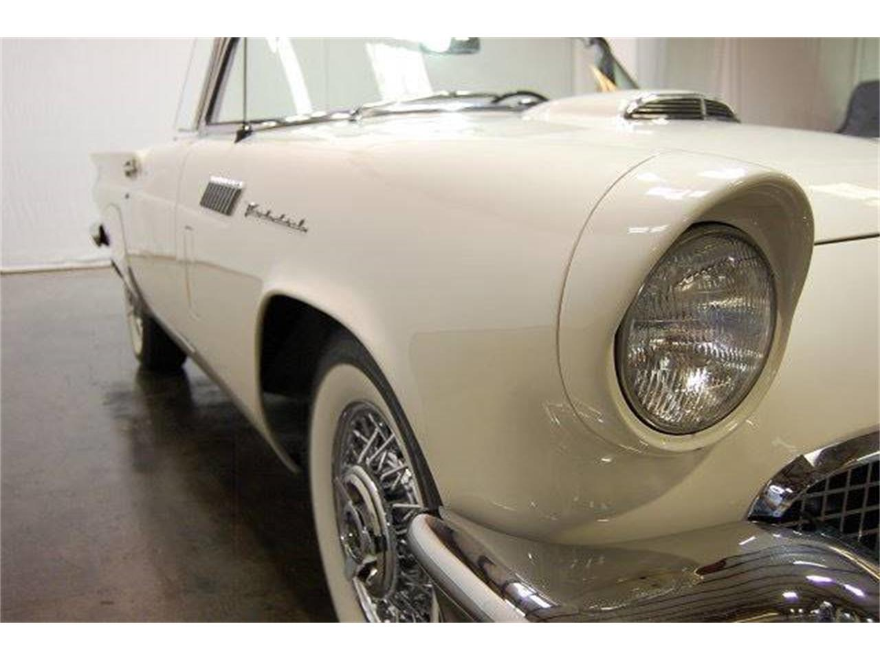 Large Picture of '57 Thunderbird - N73W