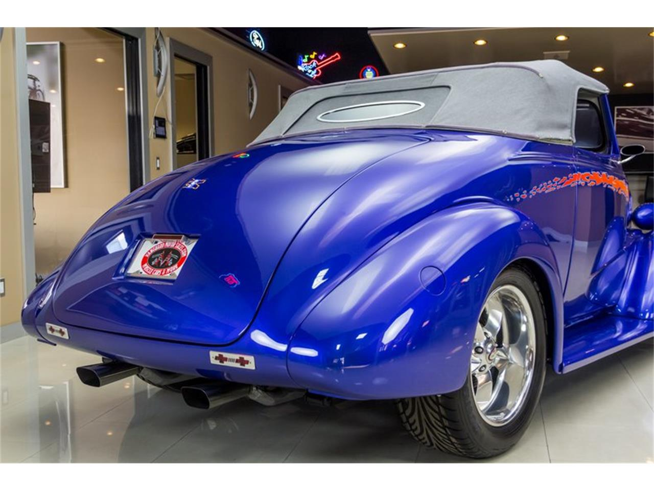 Large Picture of Classic '37 Chevrolet Antique - N75T