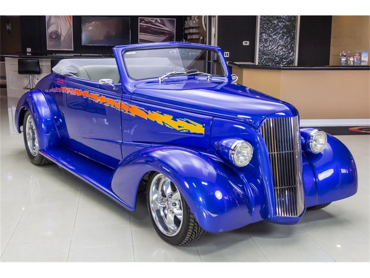 Large Picture of Classic '37 Chevrolet Antique located in Michigan - $49,900.00 Offered by Vanguard Motor Sales - N75T