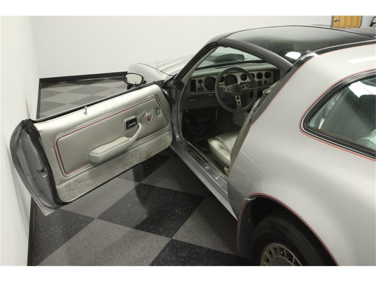 Large Picture of '79 Pontiac Firebird - $19,995.00 - N785