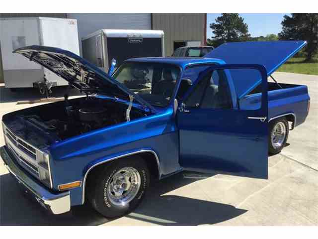 Picture of '81 Chevrolet C10 located in Texas Offered by a Private Seller - N7K4