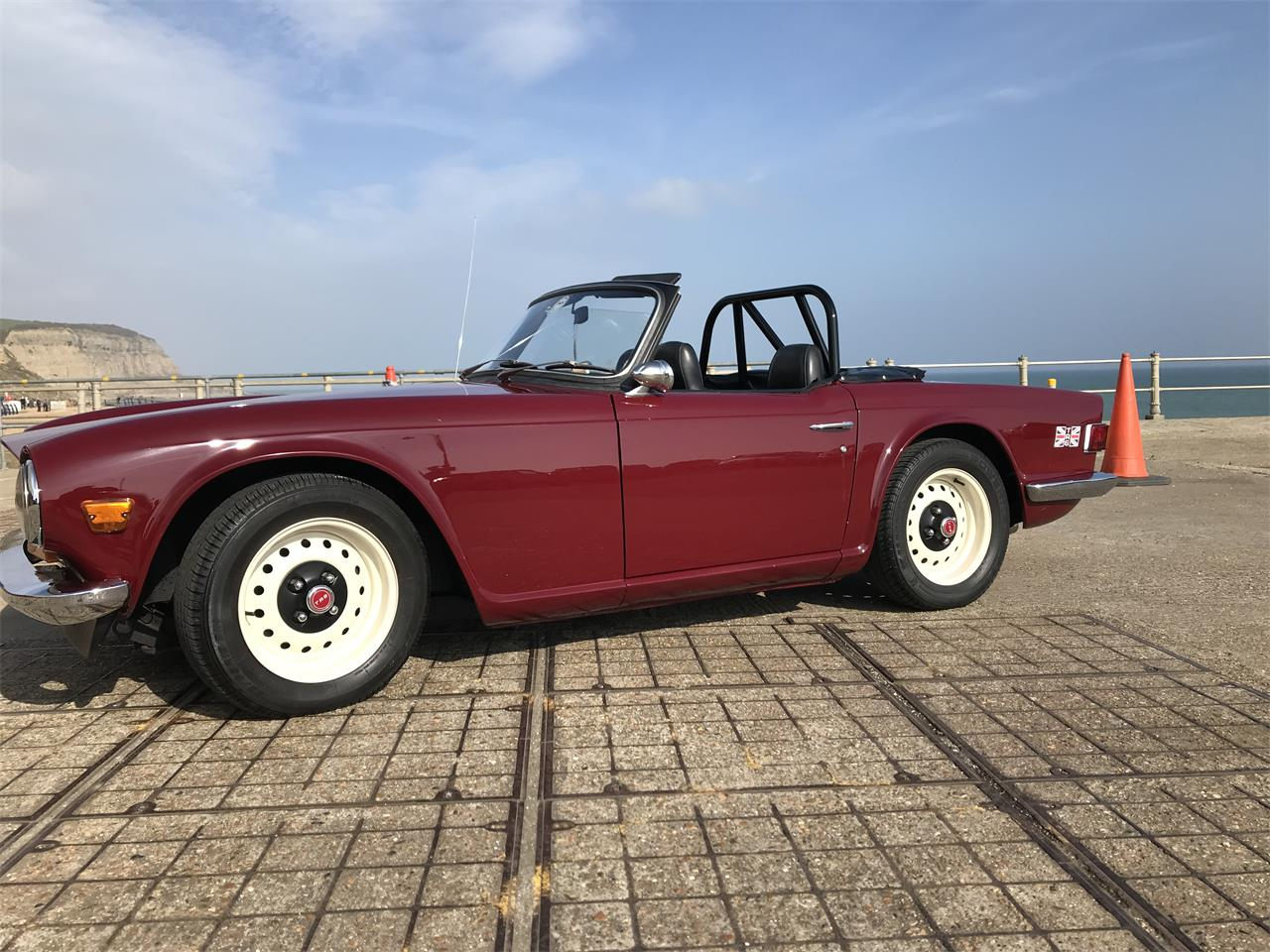 Large Picture of '68 TR6 - N7NG