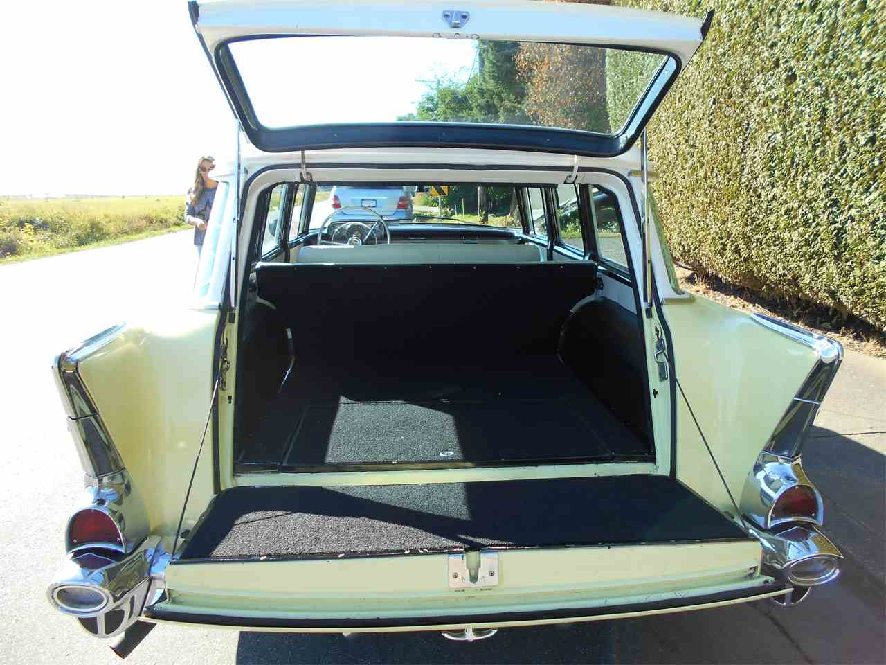 Large Picture of '57 Bel Air Wagon - N7TI