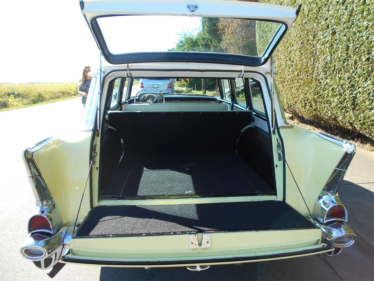 Large Picture of 1957 Bel Air Wagon - N7TI