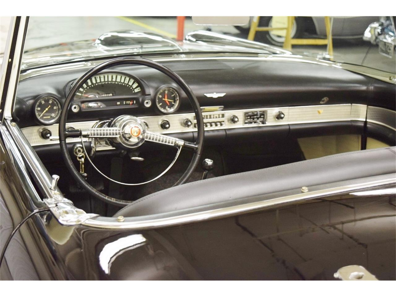 Large Picture of '55 Thunderbird - N80M