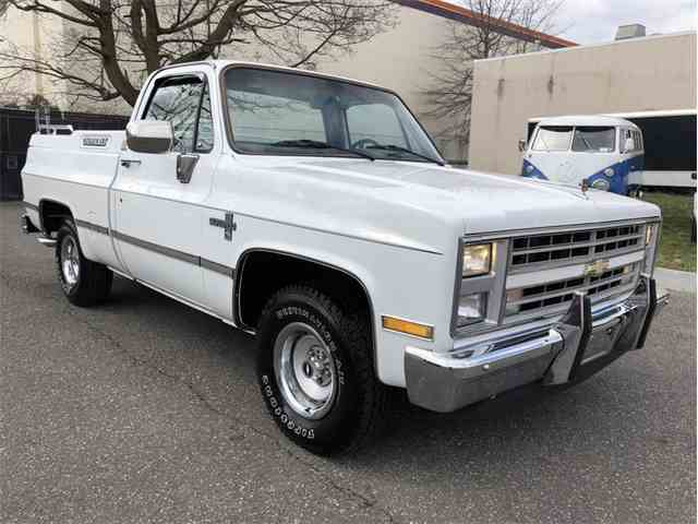 Picture of '86 Chevrolet C10 located in West Babylon New York - N83Z