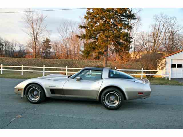 Picture of '82 Corvette - N8F2
