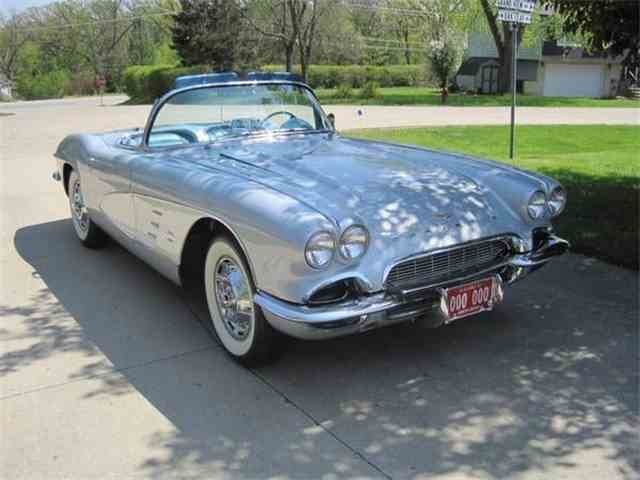 Picture of Classic 1961 Corvette Offered by  - N8IW
