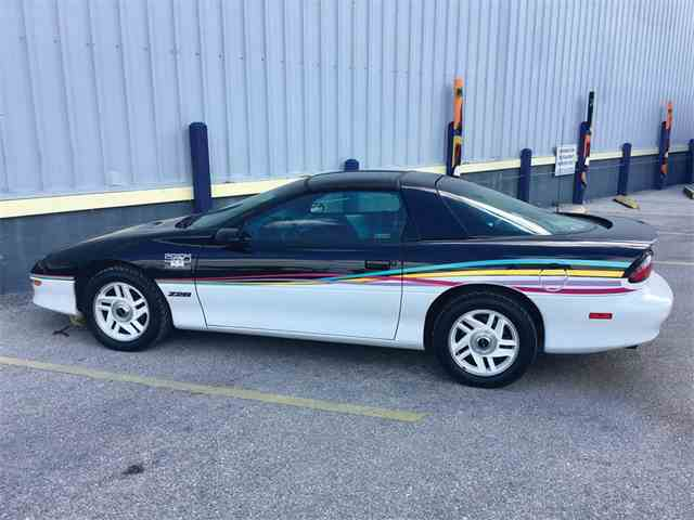 Picture of '93 Camaro Z28 Indianapolis Pace Car Edition - N8KT