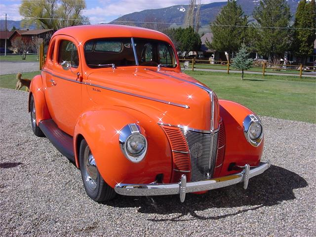 CC-1084289 1940 Ford Deluxe