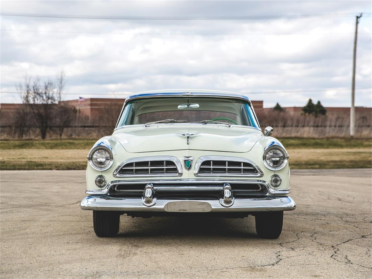 Large Picture of Classic 1955 Windsor located in Auburn Indiana Auction Vehicle - N8RK