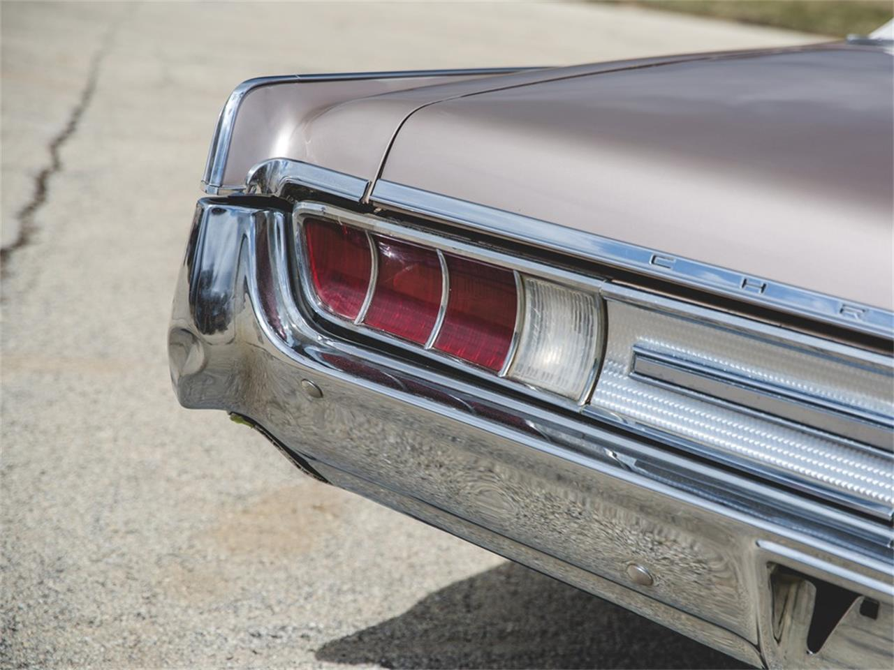 Large Picture of Classic '65 Chrysler 300L Convertible located in Auburn Indiana Auction Vehicle - N8S4