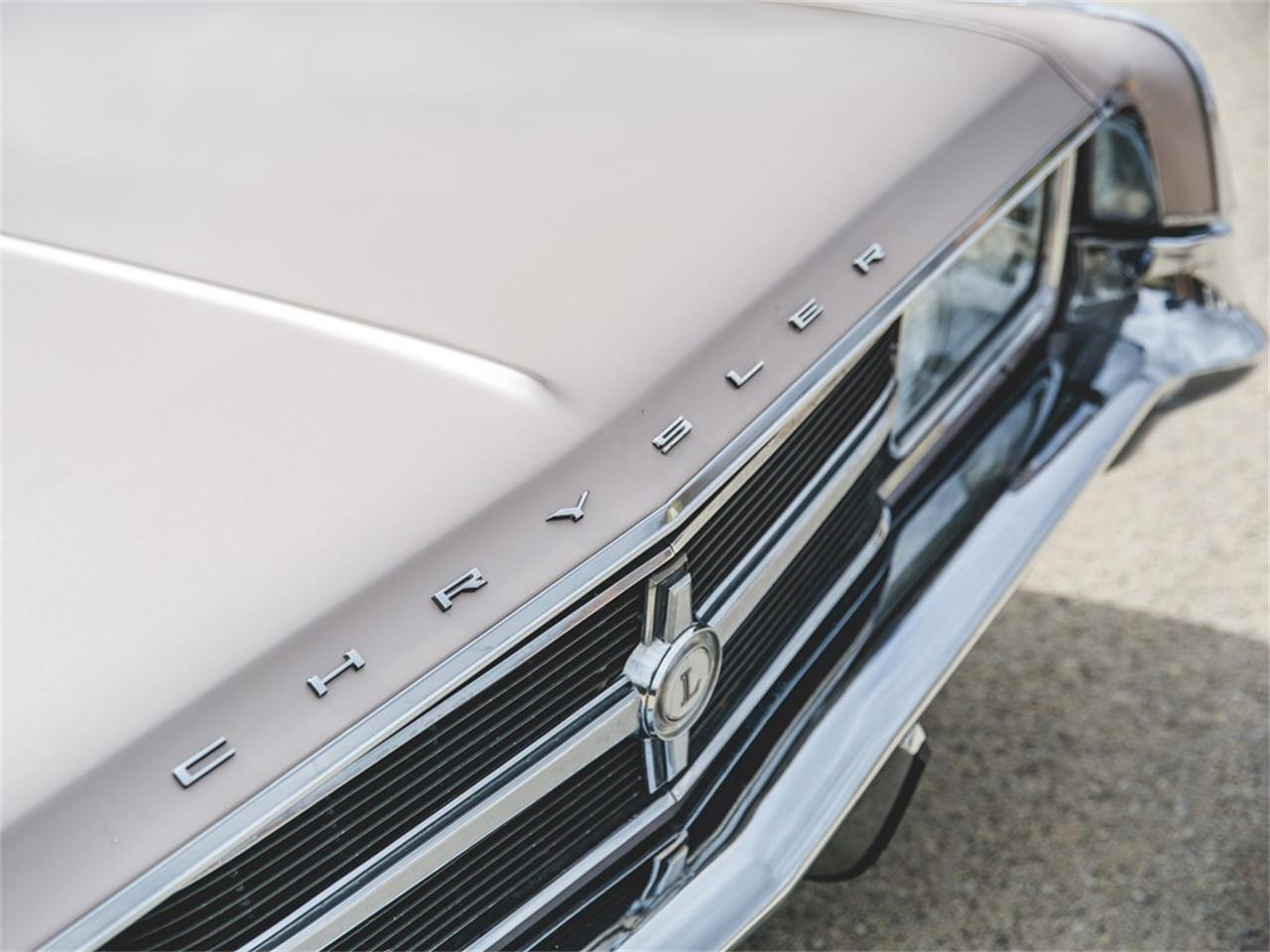 Large Picture of '65 Chrysler 300L Convertible Auction Vehicle - N8S4
