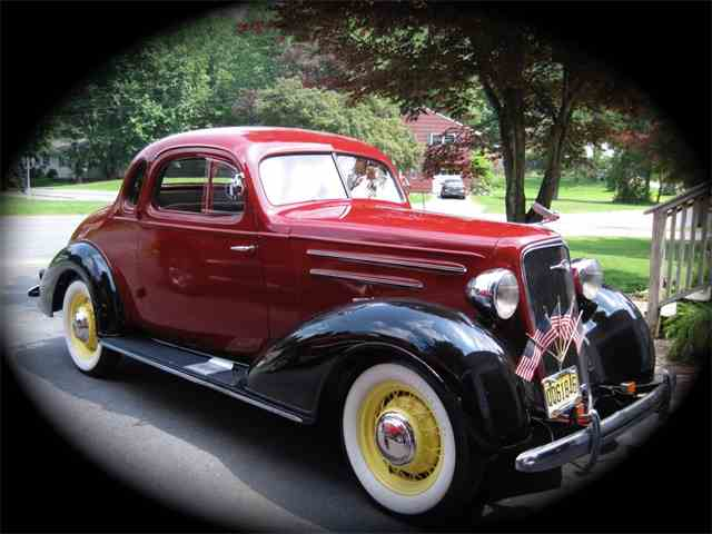 Picture of '35 Deluxe - N94R
