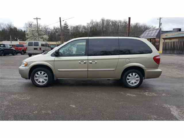Picture of '07 Town & Country - N9D0