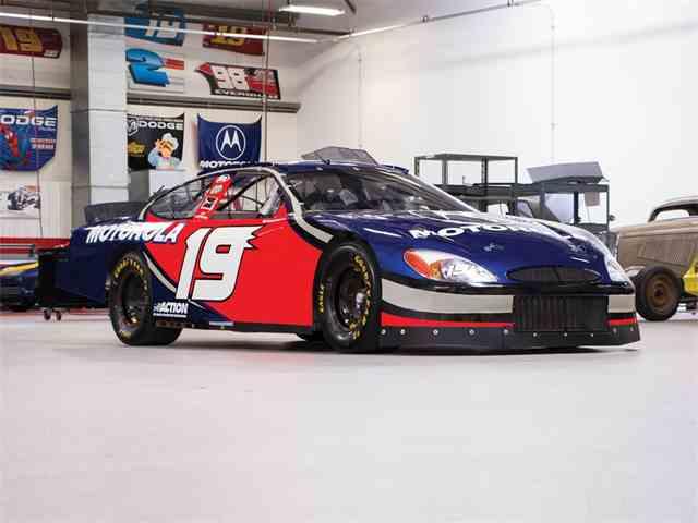 Picture of '00 Taurus NASCAR - N9JB