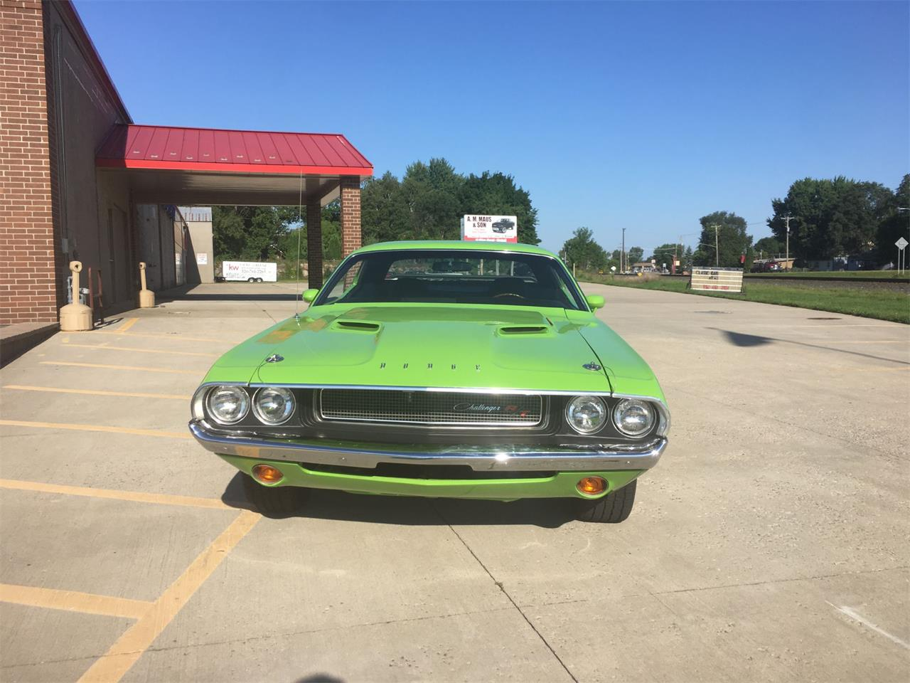 Large Picture of '70 Challenger R/T - N9NS