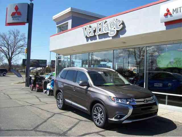 Picture of 2018 Mitsubishi Outlander Offered by  - N9QG
