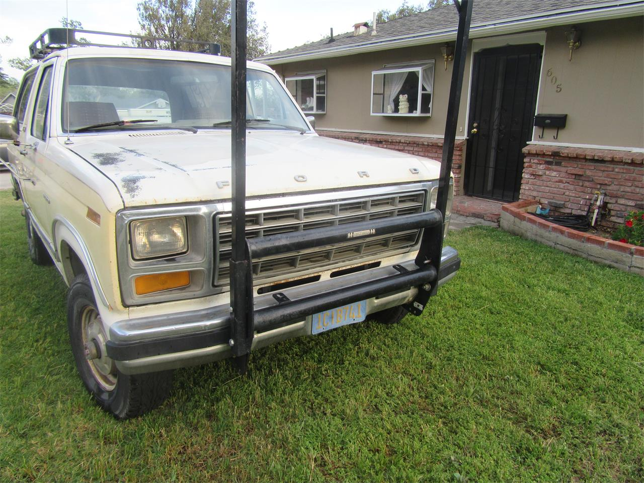Large Picture of '81 Bronco - N5DO