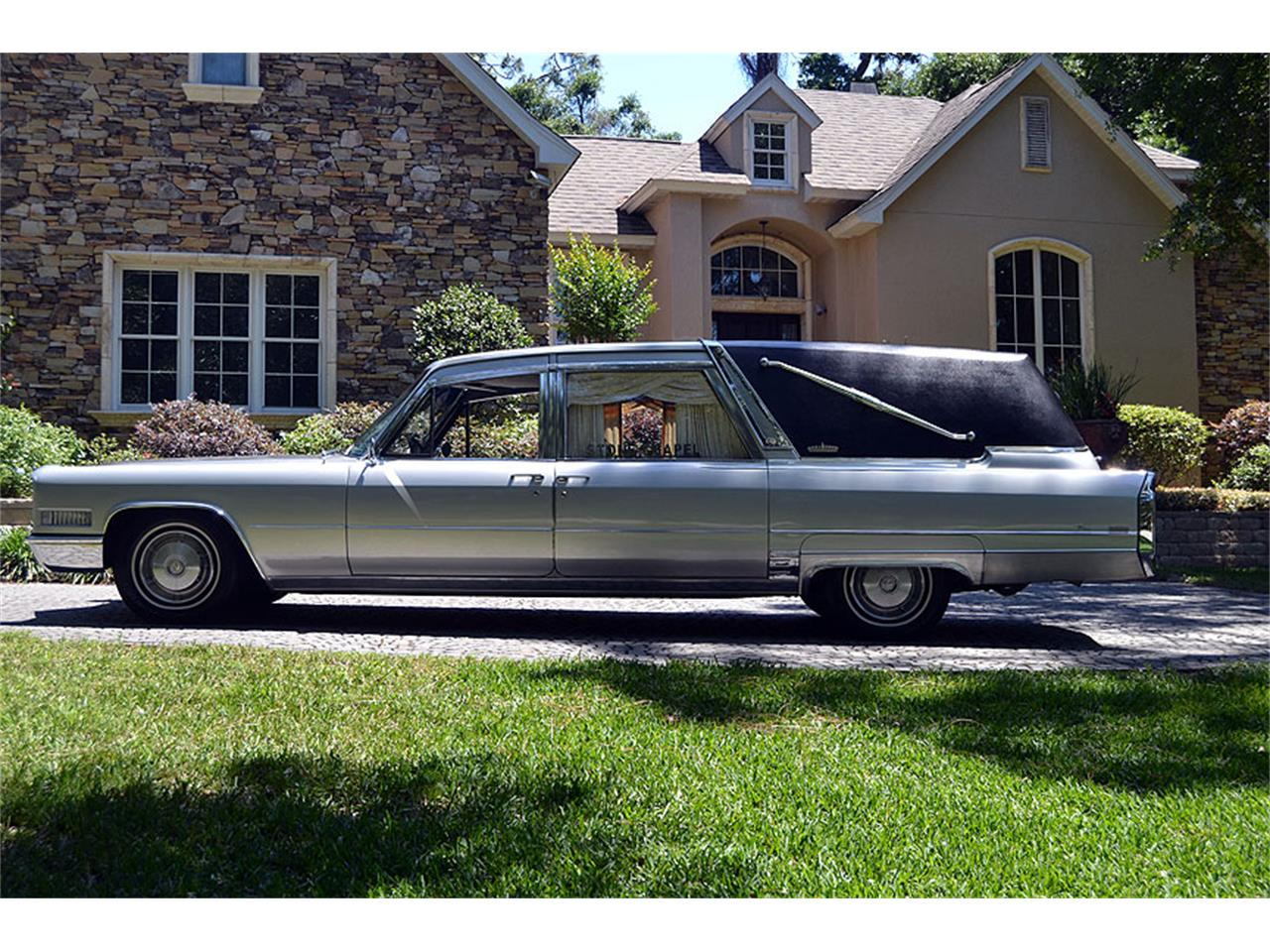 Large Picture of '66 Crown Sovereign Funeral Coach - NA1D