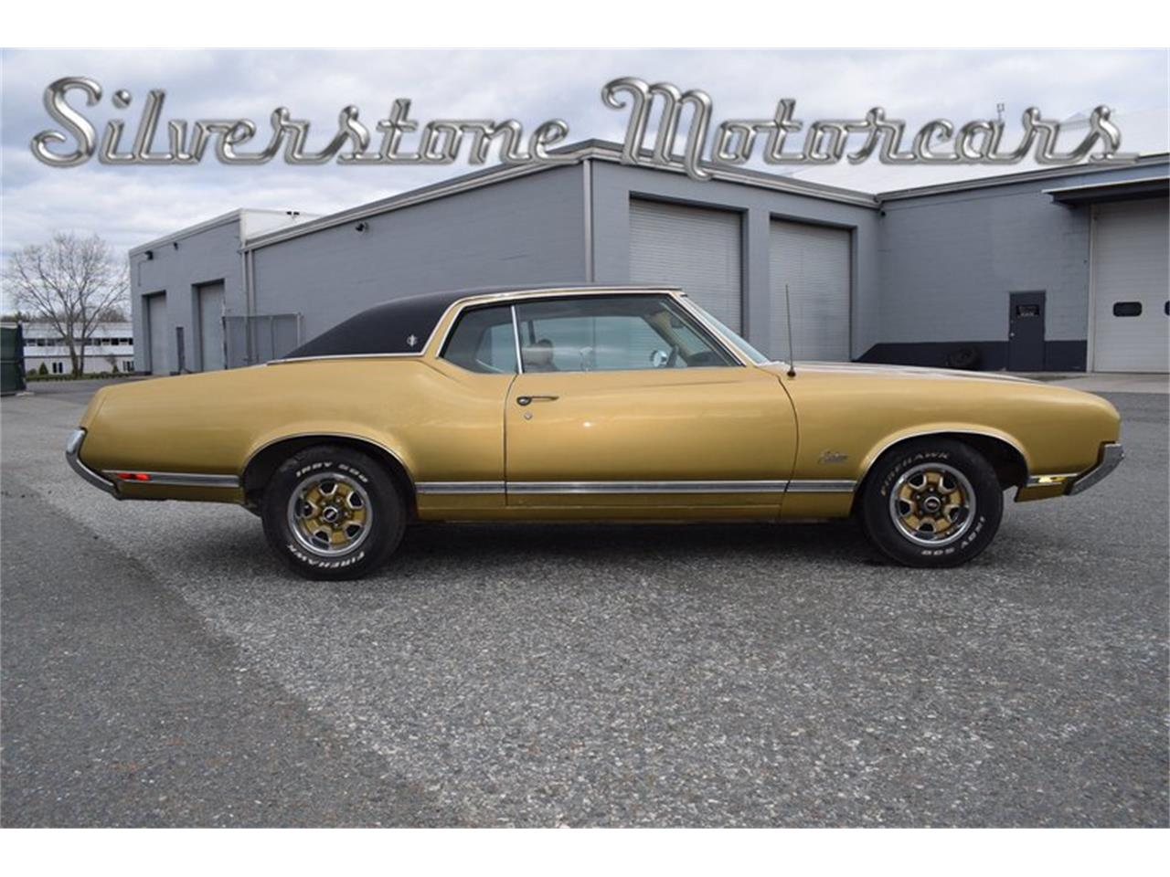 Large Picture of 1970 Cutlass located in Massachusetts - $12,500.00 Offered by Silverstone Motorcars - NA3C