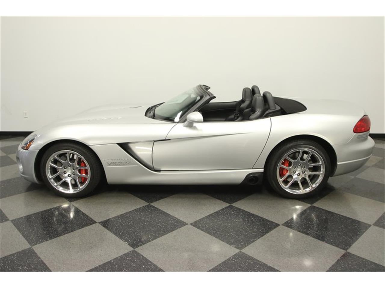 Large Picture of '04 Viper - NA3M