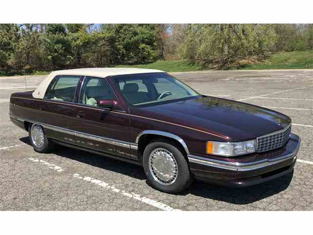 Picture of '96 Cadillac Sedan located in Pennsylvania - $6,900.00 - NA7U