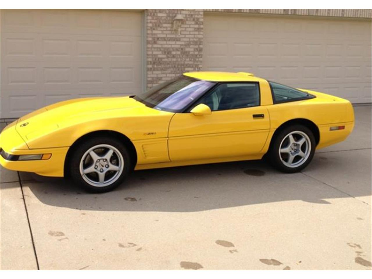 1995 chevrolet corvette zr1 for sale cc 1086577. Black Bedroom Furniture Sets. Home Design Ideas