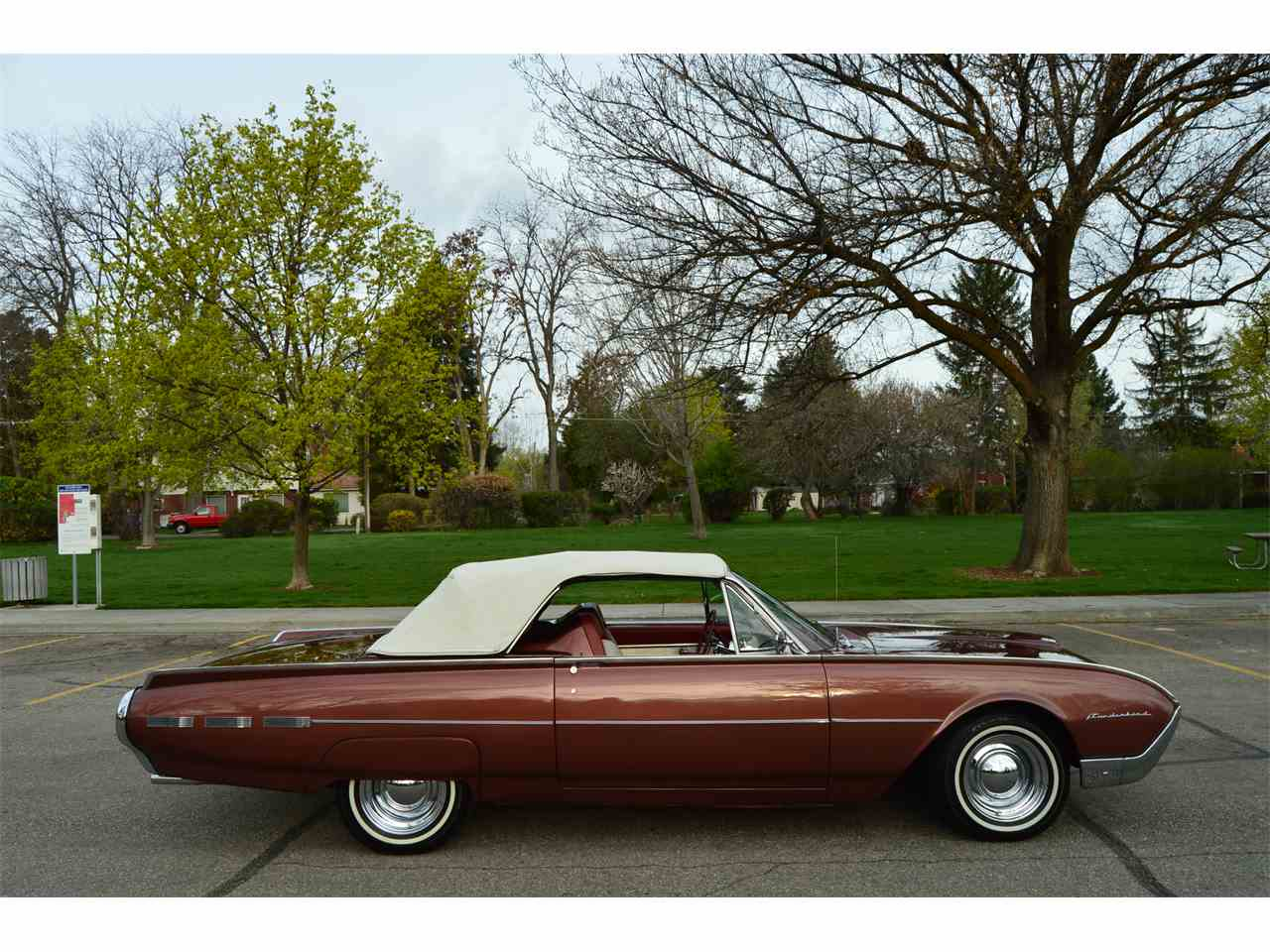 Large Picture of Classic '62 Thunderbird - $28,900.00 Offered by Ross's Valley Auto Sales - NAHH