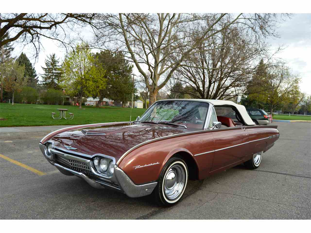 Large Picture of Classic 1962 Thunderbird located in Boise Idaho - NAHH