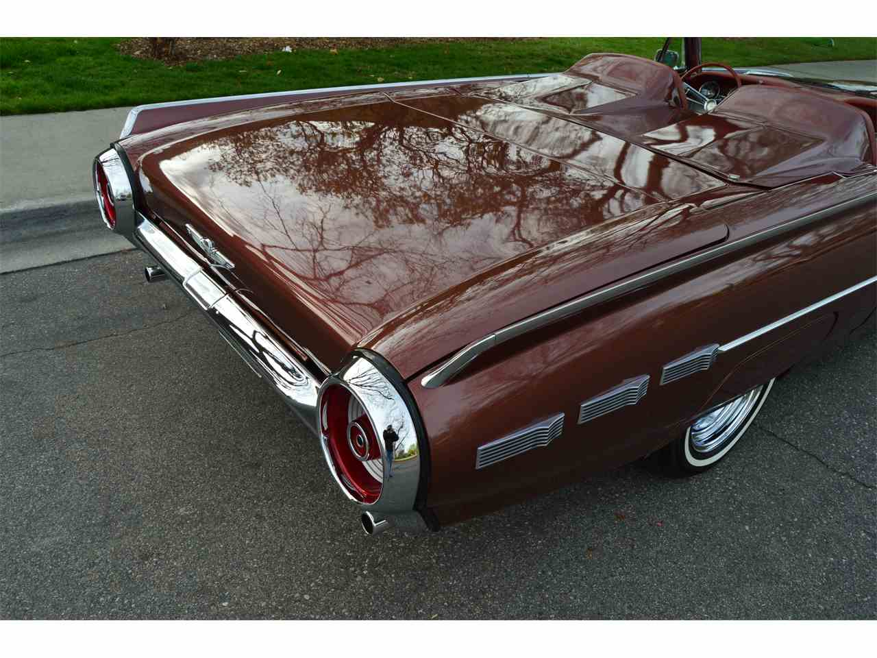 Large Picture of Classic '62 Thunderbird - NAHH
