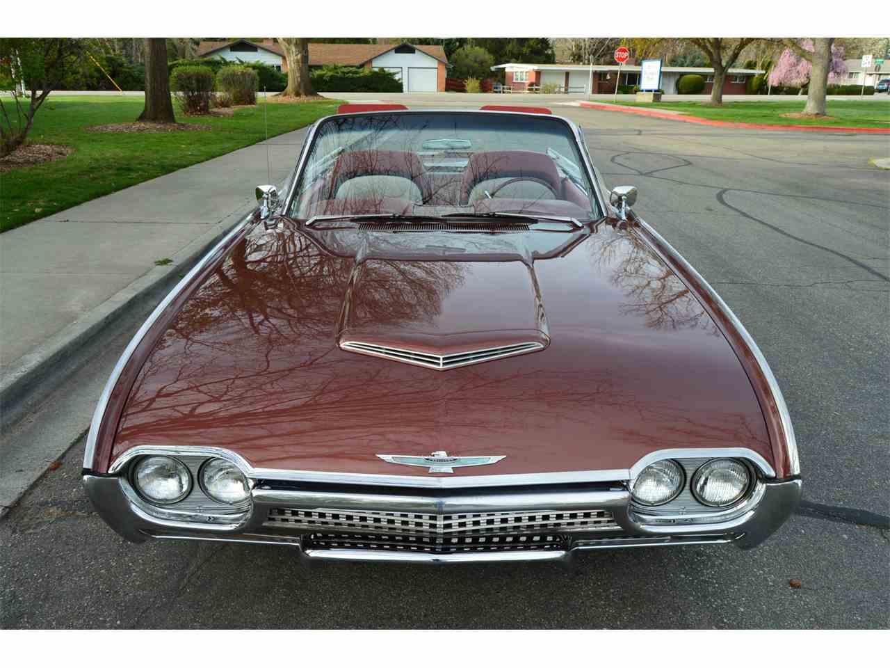 Large Picture of 1962 Thunderbird - NAHH