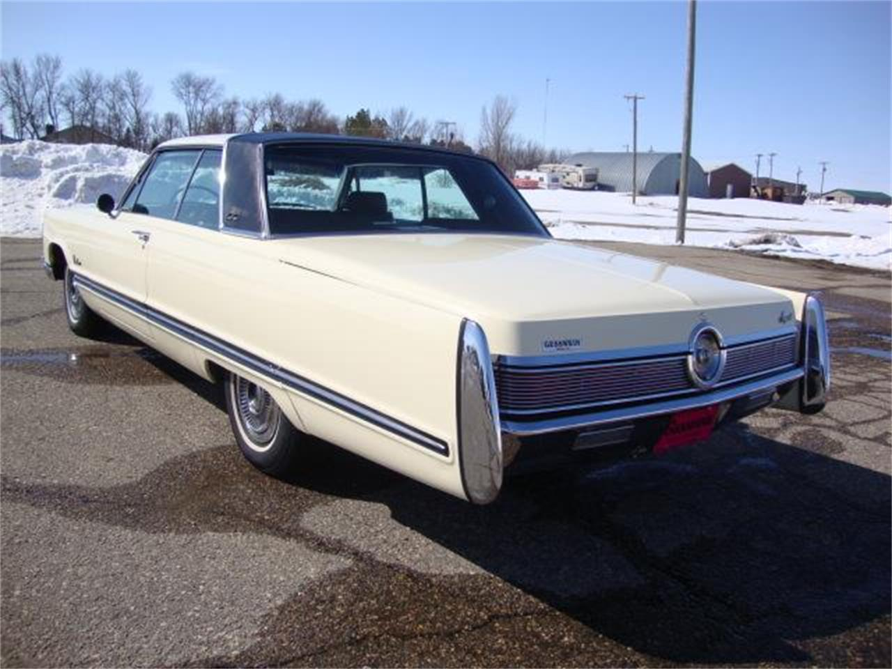 Large Picture of Classic '67 Chrysler Imperial - NAHL