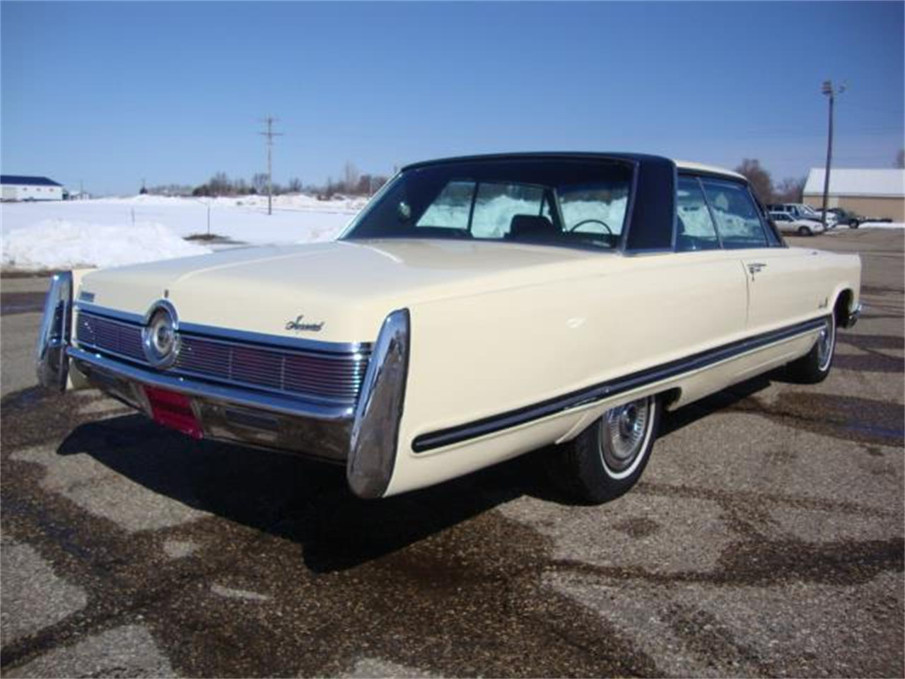 Large Picture of Classic 1967 Imperial - NAHL