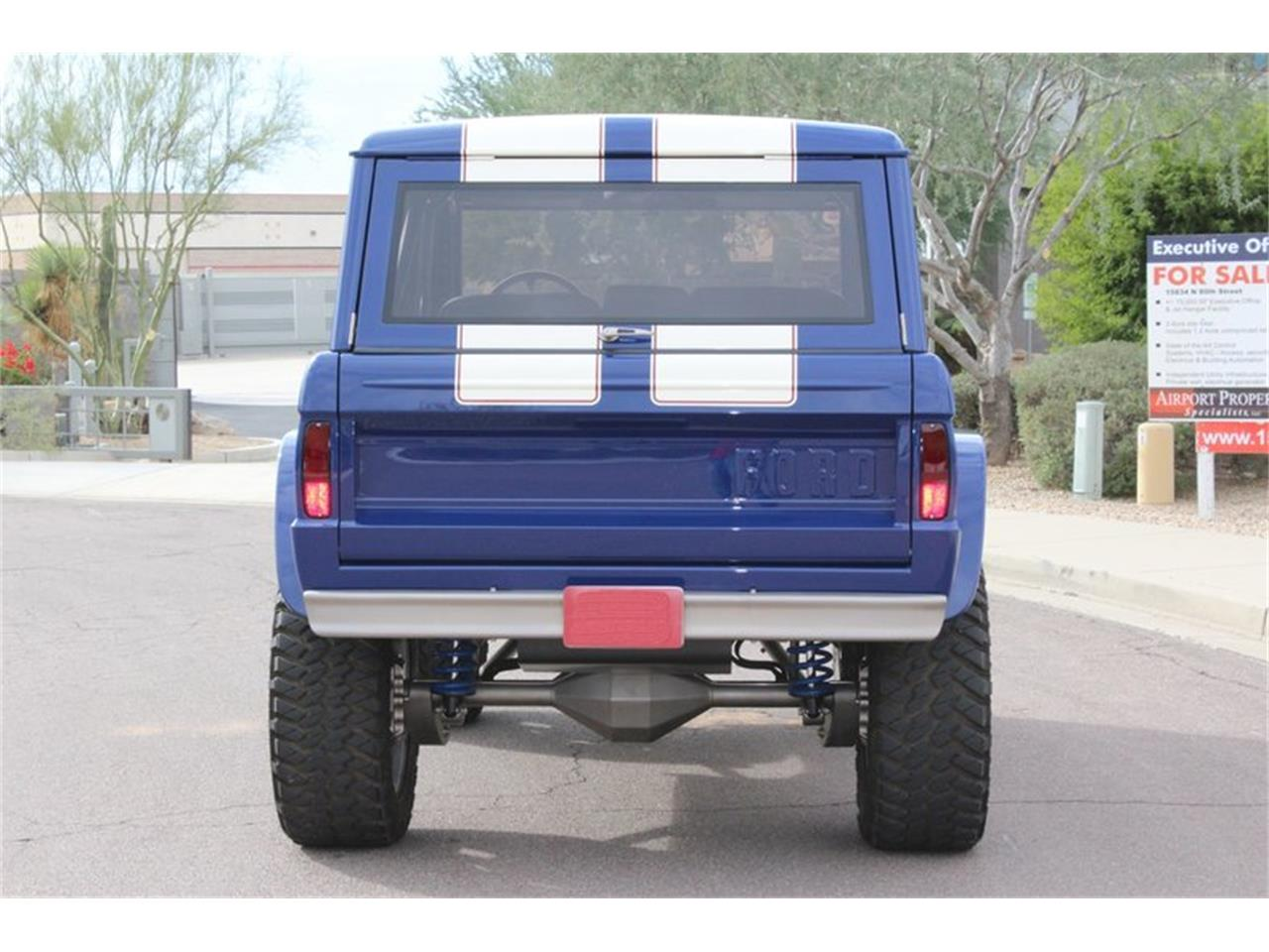 Large Picture of '74 Ford Bronco - NANR
