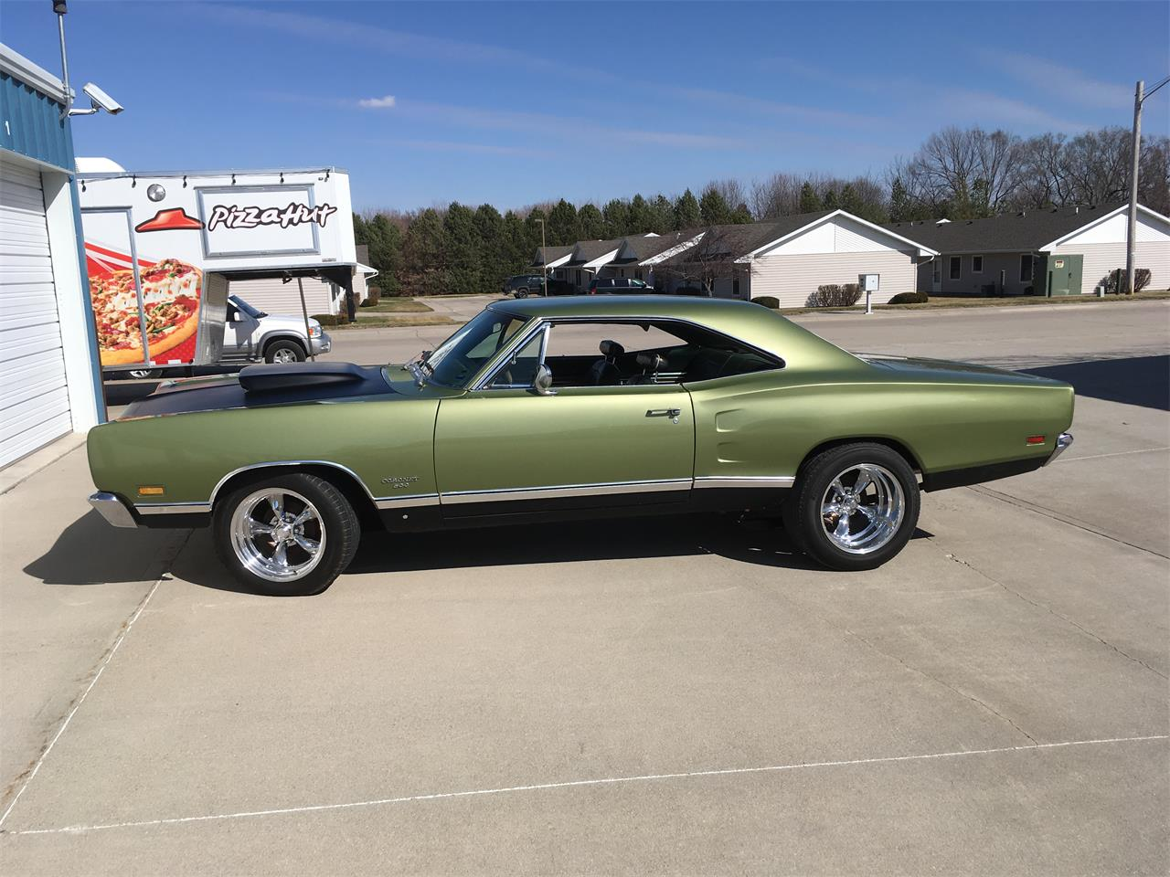Large Picture of '69 Coronet 500 - NAPQ