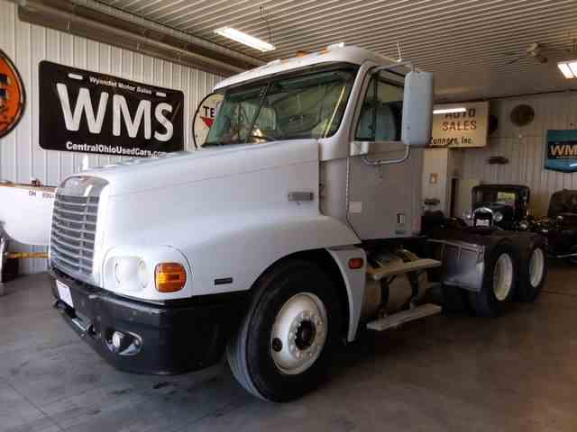 Picture of '05 Freightliner Century located in Upper Sandusky Ohio - $12,900.00 Offered by Wyandot Motor Sales - NAWM