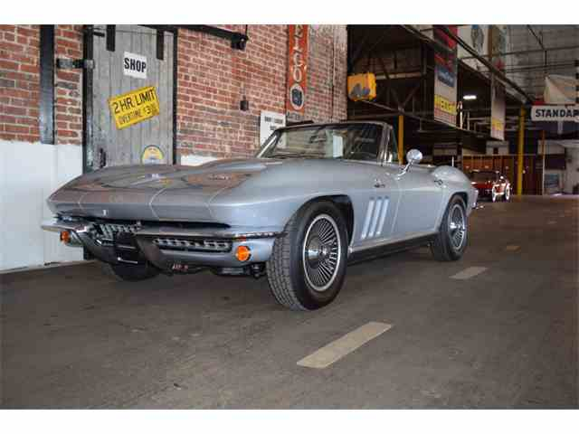 Picture of Classic '66 Chevrolet Corvette located in Missouri Offered by Vintage Vettes, LLC - NAWO