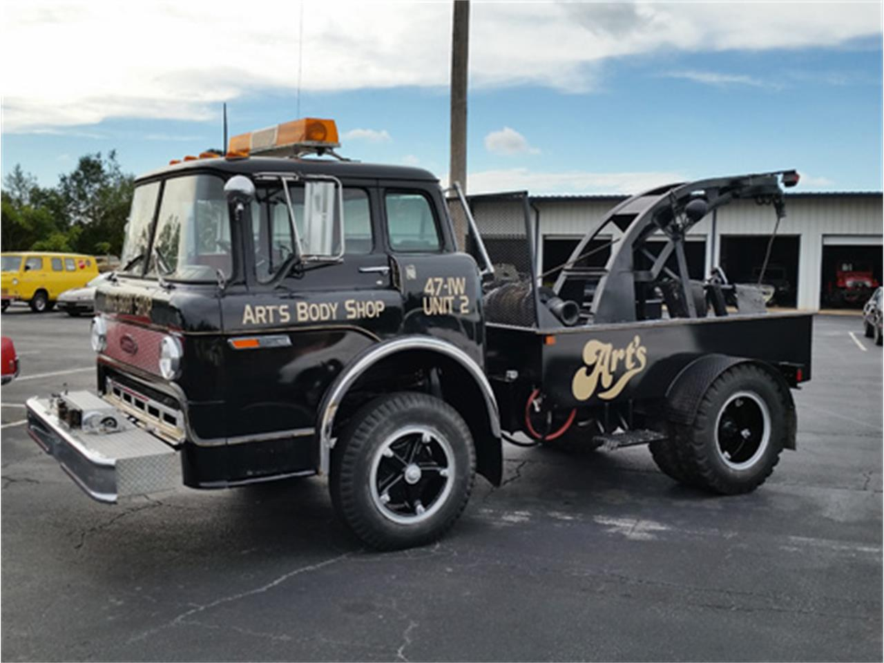 Large Picture of '78 Ford C-600 - $9,900.00 Offered by Dream Cars of the Carolinas - N5X7